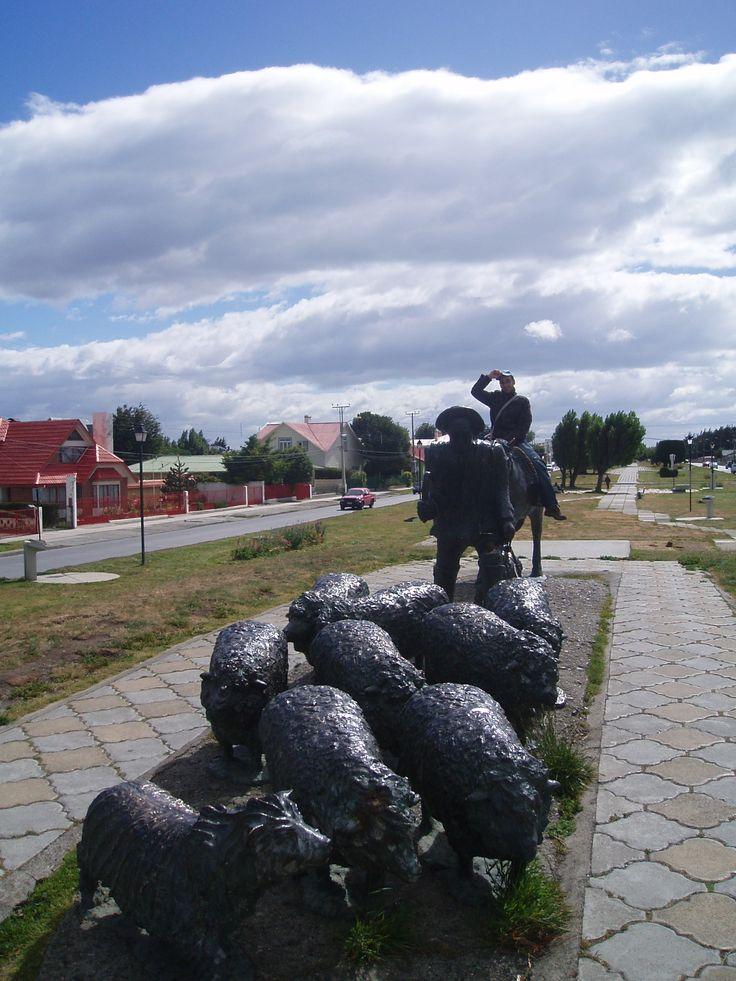 Monumento al ovejero, en Punta Arenas