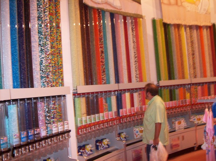 r lo in a sugar trance itu0027s sugar candy store at broadway on the beach at mrytle beach sc for vacation pinterest sugar candy mrytle beach and