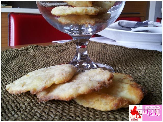 Biscotti salati al grano cotto, Salty Biscuits with cooked wheat