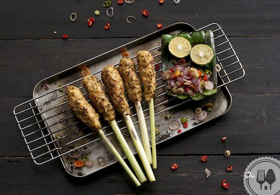SATAI LILIT. Satai lilit uses lemongrass as skewer so it becomes aromatic when grilled