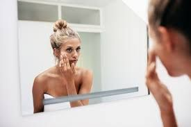 10 Clues Your Skin Gives About Your Well-Being  If skin were merely a sausage casing for the rest of you, it wouldn't be nearly so useful. An organ itself (your body's largest in terms of both weight and surface area), skin protects against invasive bacteria, regulates body temperature, and picks up information from the...
