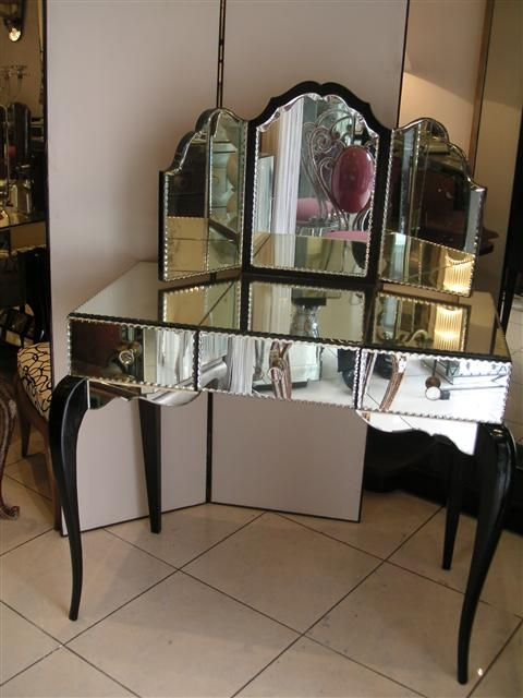 78 best images about coiffeuse on pinterest dressing mirror vanities and dressing tables. Black Bedroom Furniture Sets. Home Design Ideas