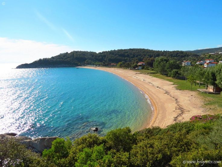 Destenika beach - wind-protected sandy cove in Sithonia