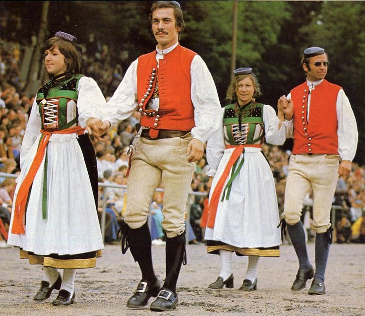 Folk Costumes of Germany. North or Lower Württemberg This is the Betzingen costume.