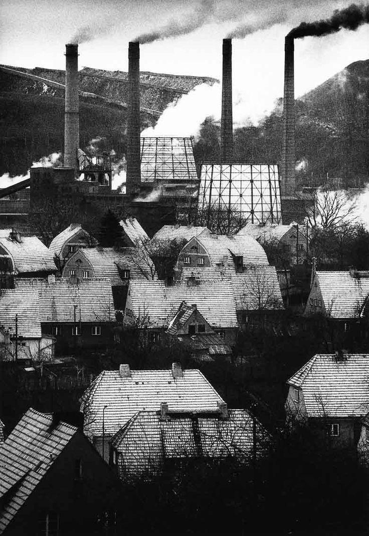 """Śląsk / Silesia, 1975-1992  """"Wałbrzych Sobięcin"""", 1979 © Michał Cała"""