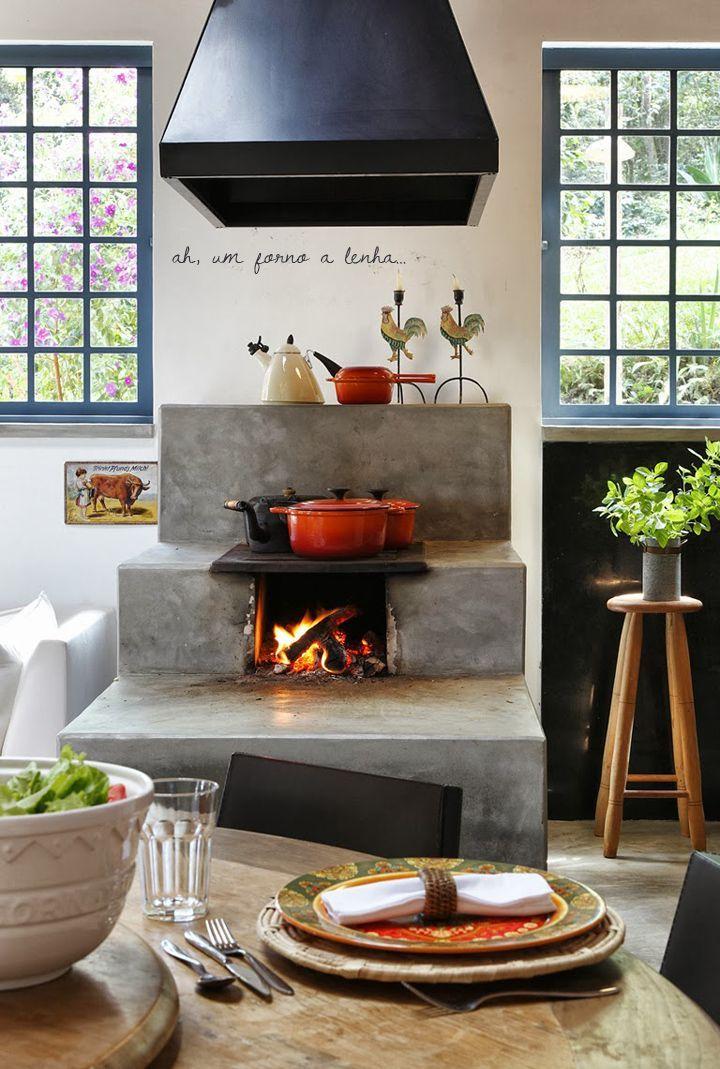 Pin Veredas Arquitetura --- www.veredas.arq.br --- Inspiração: Cozinhas com fogão a lenha