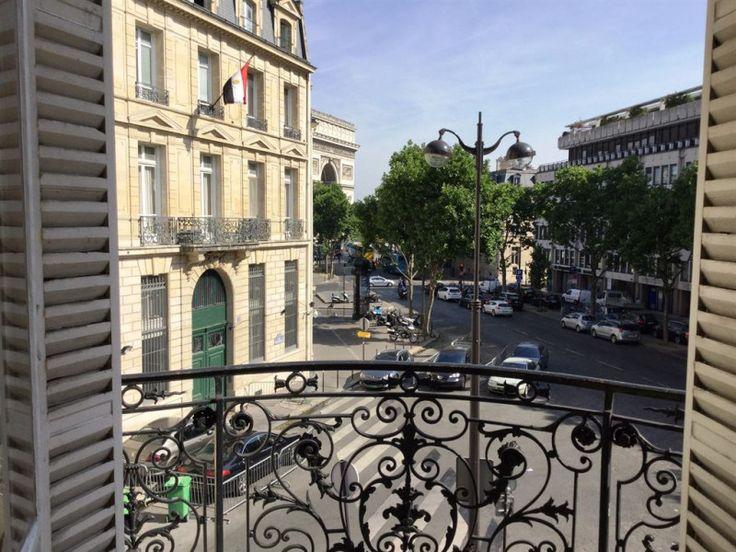 75016 - 65m²: L'Agence Immobilière De Havilland vous présente: Superbe appartement Haussmannien avec vue sur l'Arc de Triomphe. Cet appartement est ...