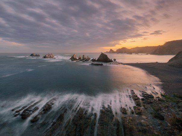 Северное побережье Испании - то самое место, куда хочется возвращаться. Что мы и сделали при первой же возможности, весной 2014, спустя полгода после первого знакомства с этим дивным краем...