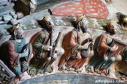 Pórtico Catedral de Ourense.Ancianos músicos