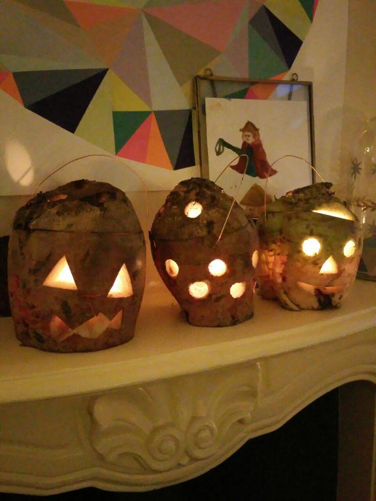 Lanterns for Martinmas, made from sugar beets / Lampions voor Sint Maarten, gemaakt van suikerbieten
