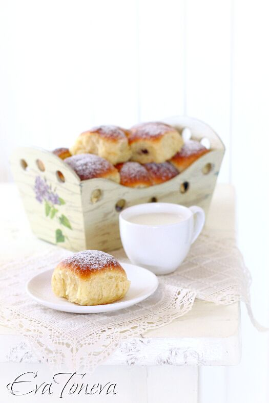 Coconut cakes with chocolate