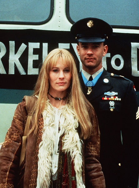 Forrest Gump, played by Tom Hanks, and his eternal sweetheart Jenny, played by Robin Wright in the film Forrest Gump.