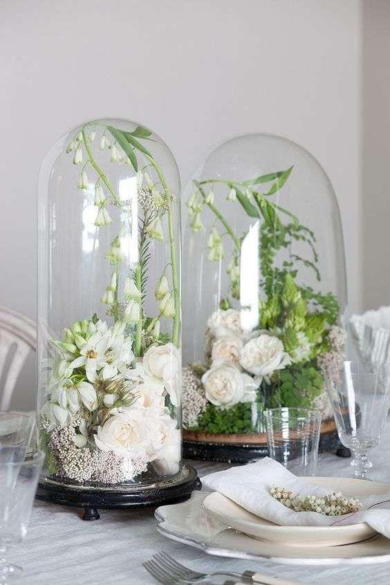 Come decorare casa con le campane di vetro - Campane di vetro con fiori