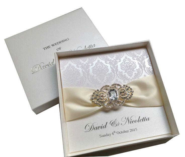 Aliexpress.com : Buy Luxurious Boxed Flocked Wedding Invitations With  Rhinestone Brooch PA005 From Reliable