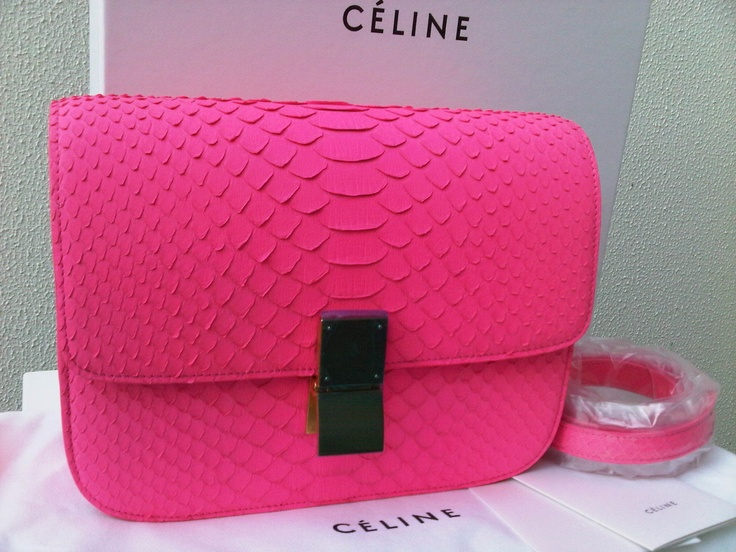 celine luggage phantom suede tote bag in light brown - 32de19896eeb516c80716b6b52716518.jpg