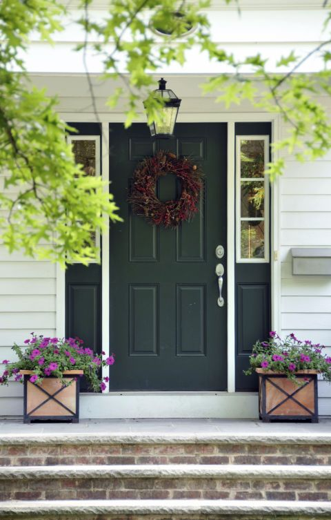 A green front door's hue reminds you of your favorite season: Autumn.