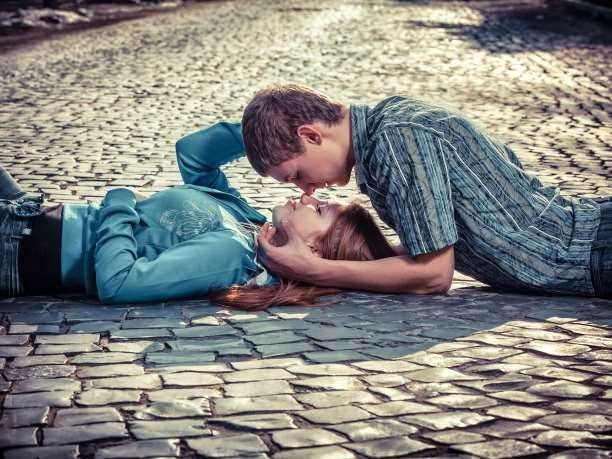 eniaftos: 8 Health Benefits of Kissing
