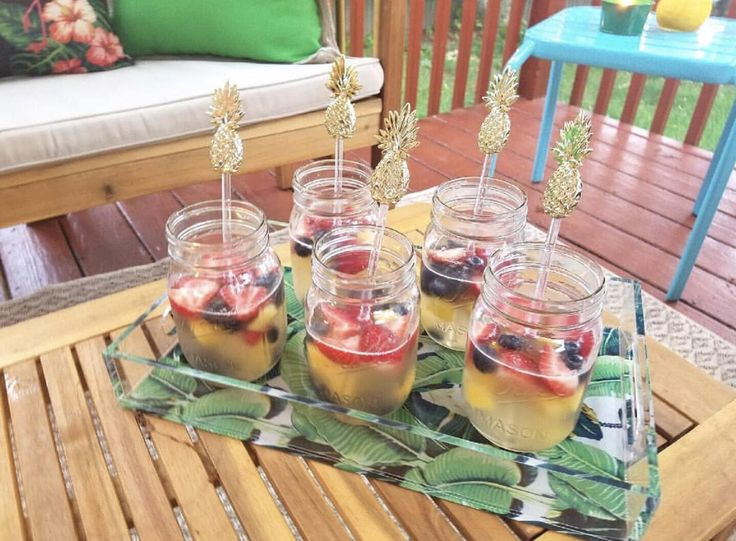 Easy Red, White and Blue Sangria #sangria #easysangriarecipe #fourthofjulysangria #redwhiteandbluesangria  Recipe:  1 Bottle of Moscato wine -We used Barefoot Moscato   1 Cup of vodka (your choice)             -We used Ciroc Summer Colada  2 Cups of Lemonade (or more for taste)            - We used Minute Maid Lemonade  2 Cups of Strawberries  2 Cups of Pineapple Chunks  1 Cup of Blueberries  Add some ice if you would like and enjoy!