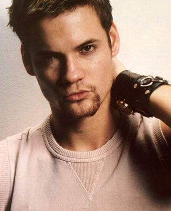 "Shane West - Yep, I knew there was a reason why I liked ""A Walk to Remember"" so much. ;)"