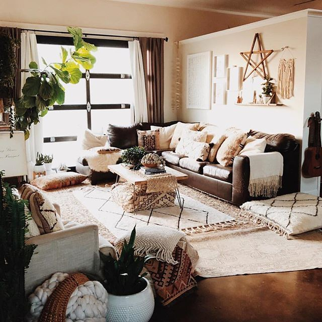 What's your favorite thing about this living room? 🛋💙 (PC: @thestellabluegallery ) #rug #plant #design #interiordesign #light #couch #decorate #goals #realtor #cozy #fall #weekend #dream #dreams #localrealtors - posted by Susan Dorroh - Keller Williams https://www.instagram.com/reservoir.realtor - See more Real Estate photos from Local Realtors at https://LocalRealtors.com