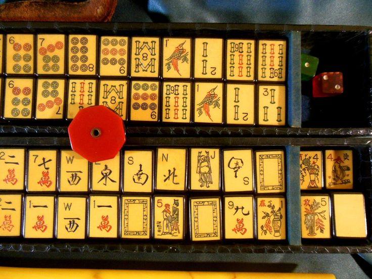 vintage 1930s royal met games dark blue enrobed mah jong tile 150 piece set with 2 - Enrob Color