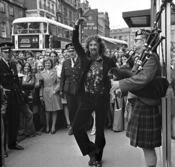 Billy Connolly in the 1970s in Edinburgh   Entertainment ...