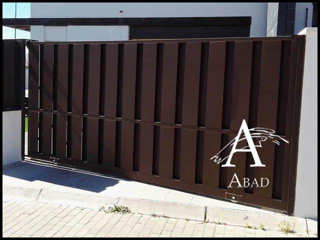 M s de 25 ideas incre bles sobre puertas metalicas exterior en pinterest rejas metalicas - Disenos de puertas metalicas ...