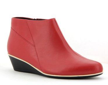 Talya the heel height is 35mm.
