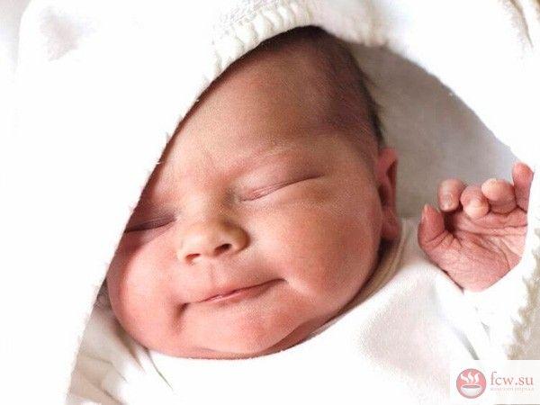 Новорожденный. Основные хлопоты первых дней дома https://www.fcw.su/blogs/moi-rebenok/novorozhdenyi-osnovnye-hlopoty-pervyh-dnei-doma.html  Очень важно в первый дни жизни ребенка максимально верно организовать верный уход за новорожденным. В статье пойдет речь об уходе за малышом в первые несколько дней его жизни.