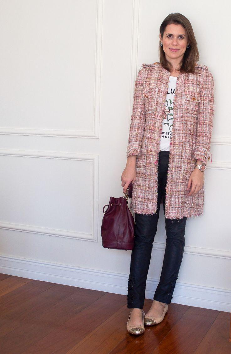 Meu look: camiseta estampada e casaco de tweed rosa - Living Gazette