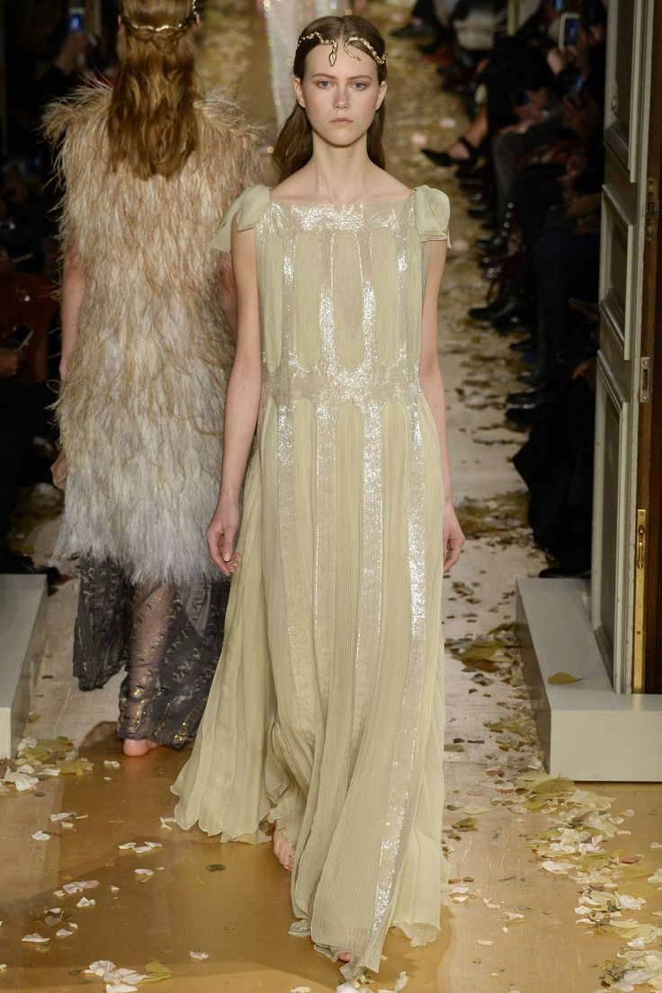 1000 images about textures on pinterest jean paul for Haute couture today