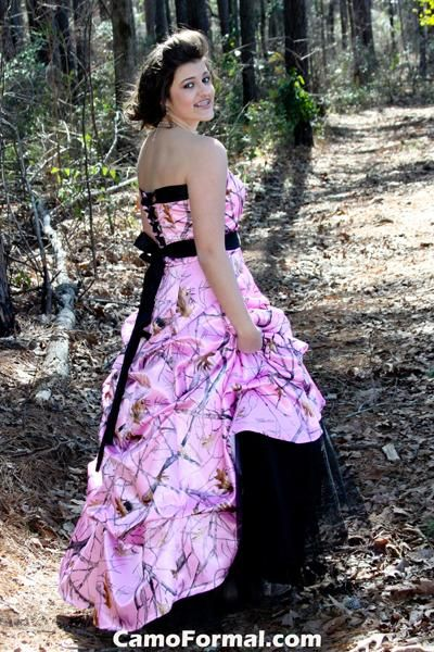 I never knew that you could get a wedding or formal wear dress in camo, let alone PINK camo..LOVE IT!!