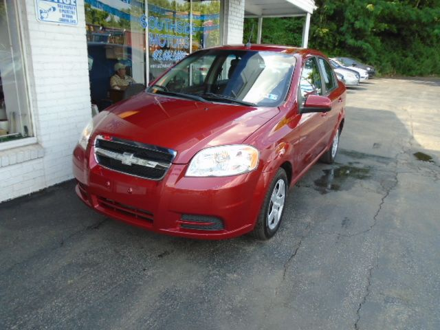 2010 Chevrolet Aveo Lt Great Gas Mileage And A Cd Player Just