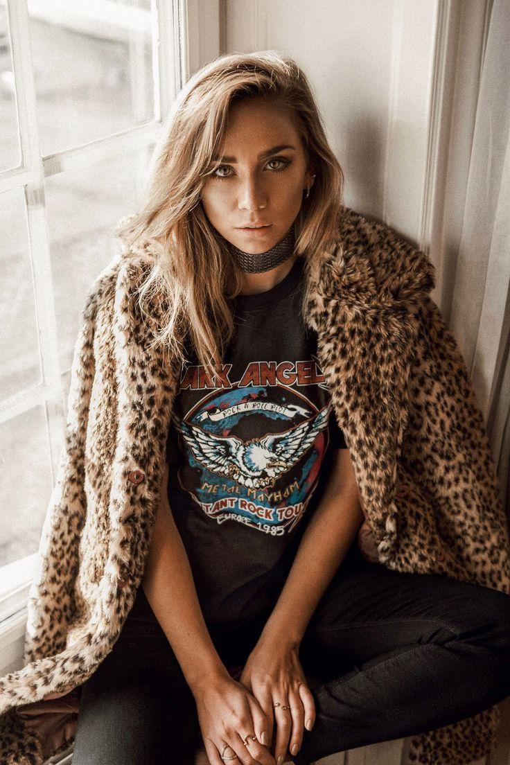 leopard faux fur band T-shirt silver choker