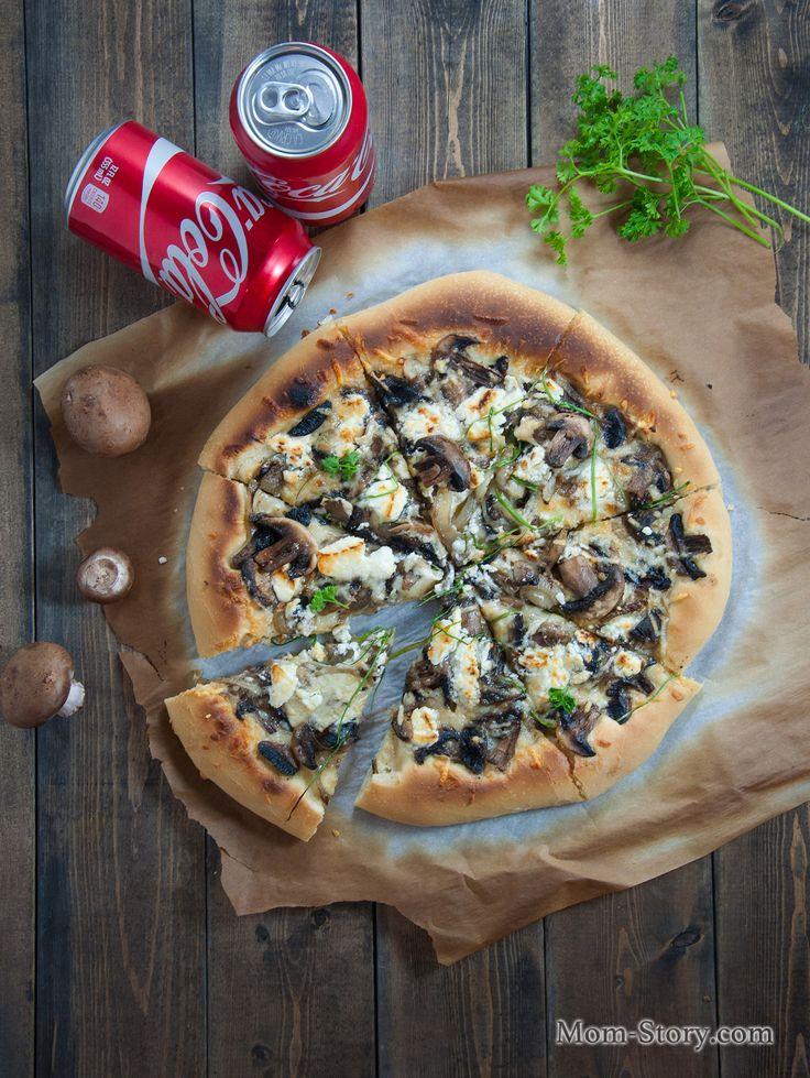 тонкая пицца с грибами