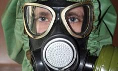 Researchers at Oregon State University have discovered that some compounds called polyoxoniobates can degrade and decontaminate nerve agents such as the deadly sarin gas, and have other characteristics that may make them ideal for protective suits, masks or other clothing.