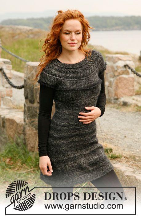 """Free: DROPS kjole i """"Delight"""" og """"Kid-Silk"""" med bærestykke strikket på tværs med snoninger, forkortede pinde og hæklekant. Str S - XXXL ~ DROPS Design"""