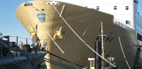 Laivahostel Borea, Bore ship