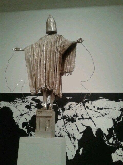 Obra de Marc Quinn en Cac Málaga. Arte.
