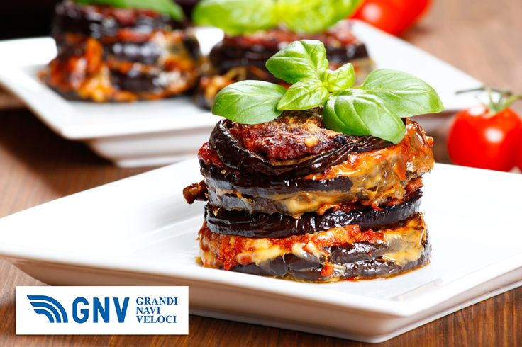 #Parmigiana di #melanzane: #baked #eggplant, #italy, #sicily #cousine.  Discover #GNV routes from/to #Italy here: http://www.gnv.it/en