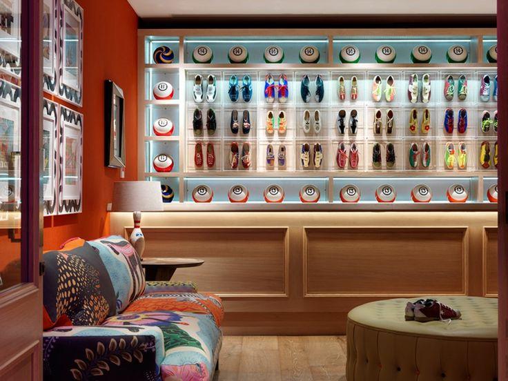 British spirit colorful and joyful interior decoration