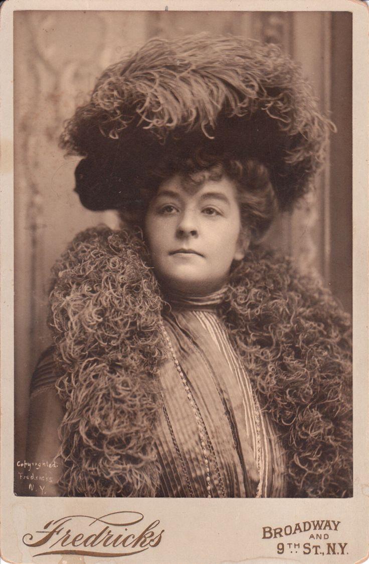 Josephine Earp