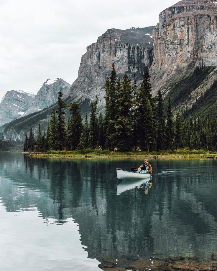 Spirit Island (Maligne Lake, Jasper, Alberta) by Tom Parker (@tomparkr) on Instagram