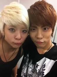 (Left to right) Amber:singer, Jonghyun:singer