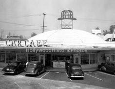 The Brown Derby Car Cafe, 1941. Originally Willard's Chicken Inn Restaurant which opened in 1929. The Los Feliz Derby was located at 4500 Los Feliz Boulevard. Source: Hollywood Historic Photos
