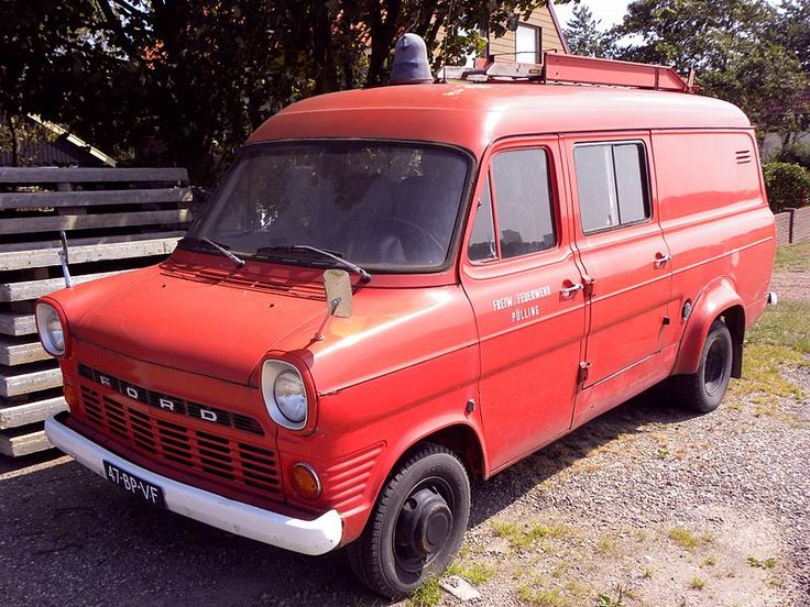 File:Ford Transit Mk-1.jpg - Wikimedia Commons