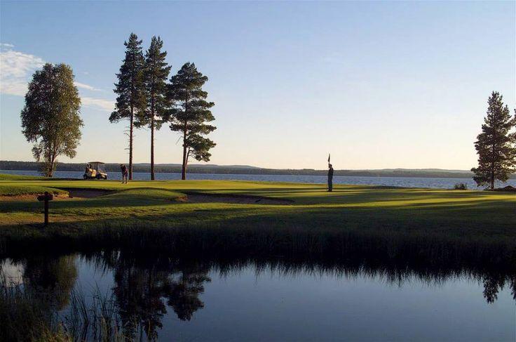 Golfen im Sport- und Freizeitzentrum Vuokatti