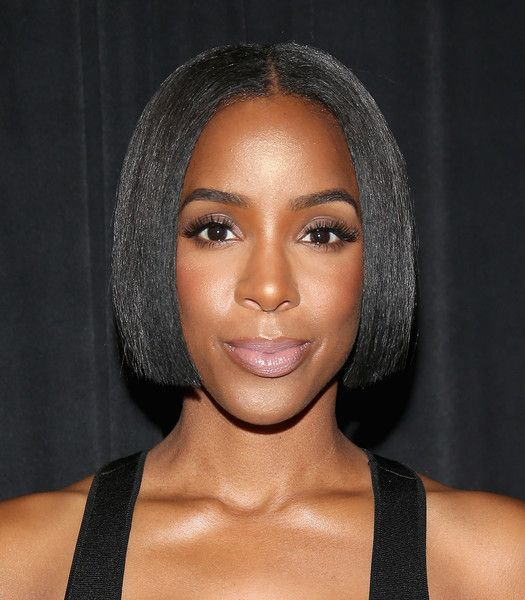 Kelly Rowland B.o.B - Kelly Rowland attended the 3rd Annual Beautycon Festival wearing a super-neat center-parted bob.