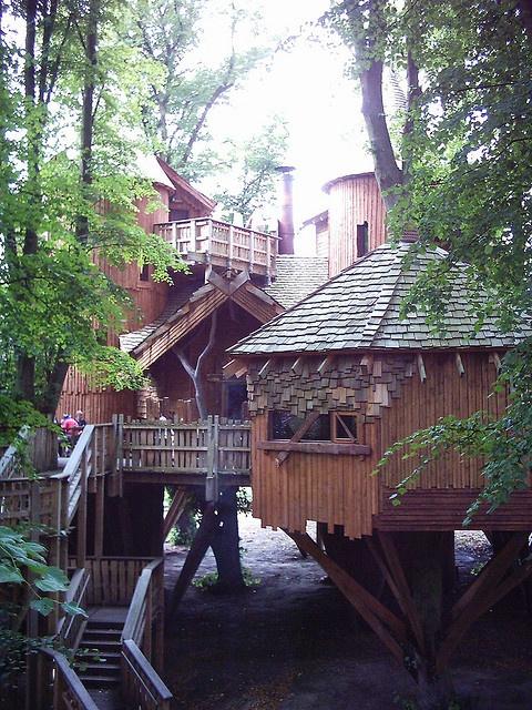 Alnwick Treehouse.