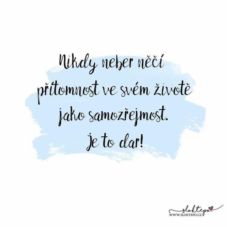 Dávejte druhým lásku teď, zítřek už nemusí přijít...☕ #sloktepo #motivacni #hrnky #miluji #kafe #citaty #zivot #mojevolba #darek #domov #dokonalost #dobranalada #stesti #laska #rodina #nakupy #czech #czechboy #czechgirl #praha